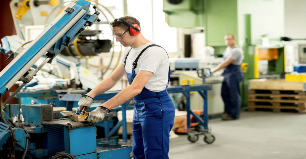 5 Impacts The Internet of Things Will Have on Manufacturing